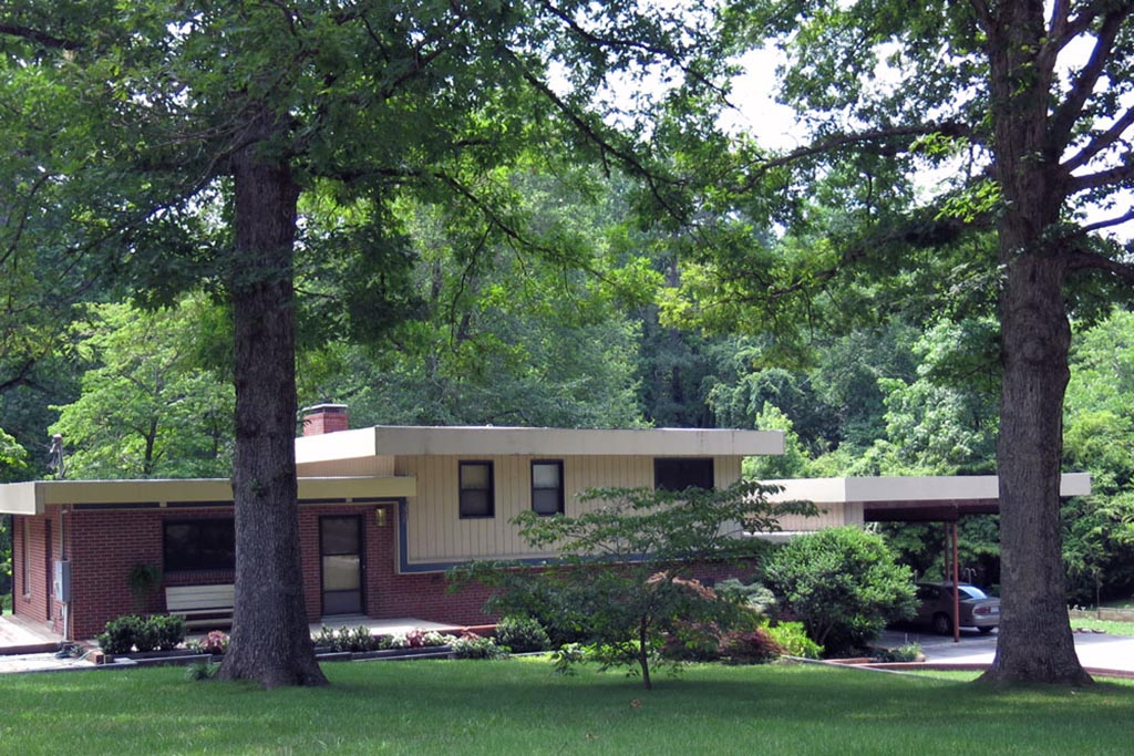 Roylene Acres House